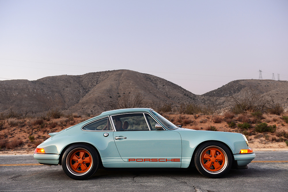 singer-911-racing-blue-781.jpg