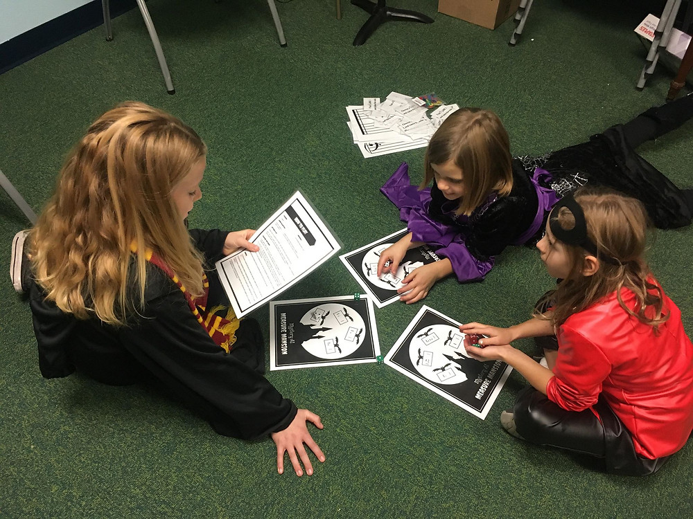 Abby, Lucy (sibling guest), and Aubrey are reviewing note and rest values with Measure Mansion from TeachPianoToday!