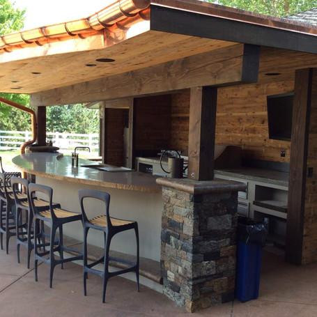 high-end-outdoor-kitchen-by-hi-tech-appl