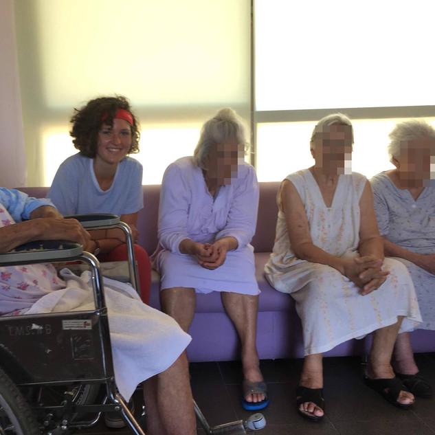 Fraternité avec les personnes âgées
