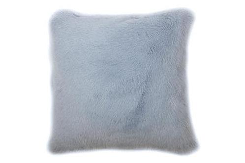 Coussin Teddy bleu ciel bi-fourrure