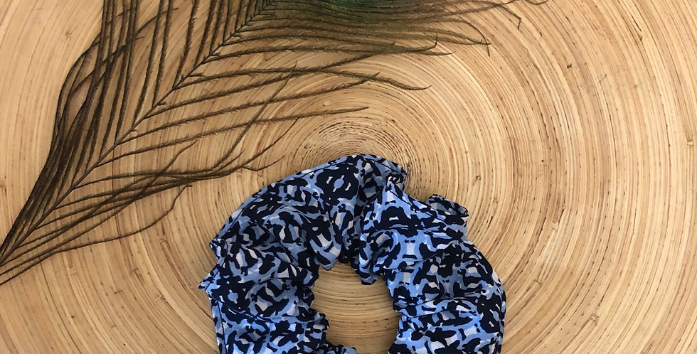Scrunchie - Blue & White