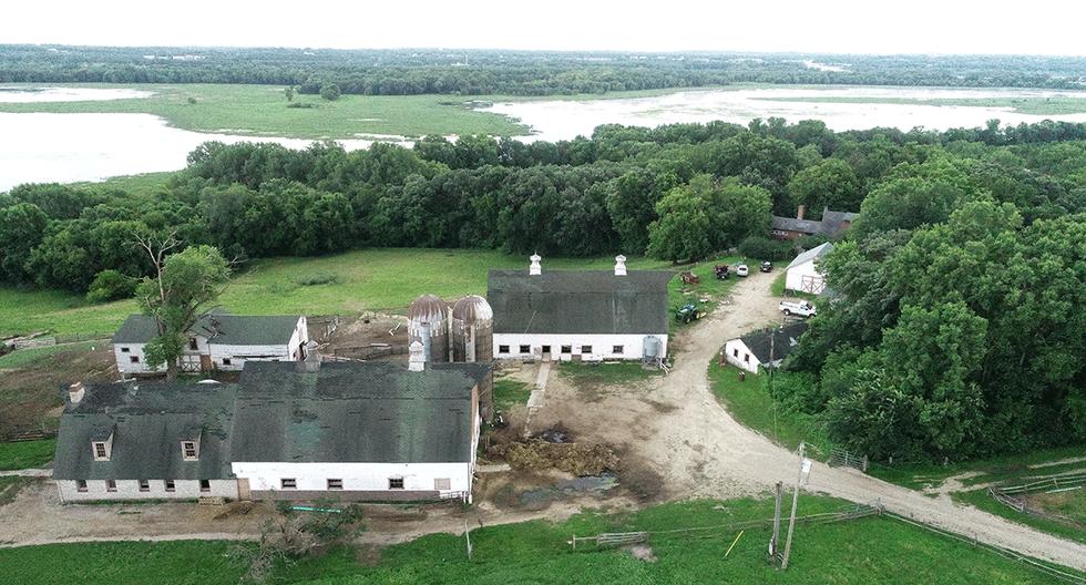 Kelley-Farm-Barn.png