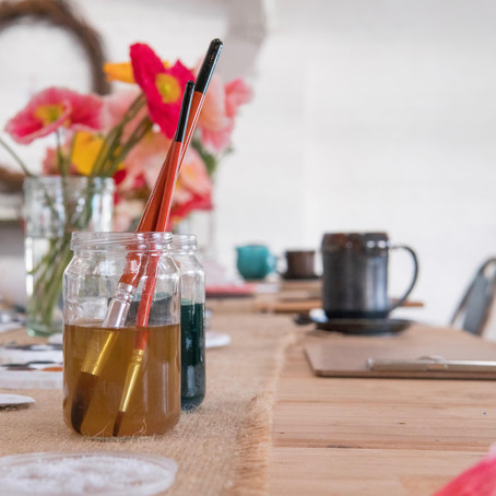 Why you should use two water jars when using watercolour