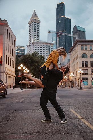 Amber&JustinPioneerSquare-39.jpg