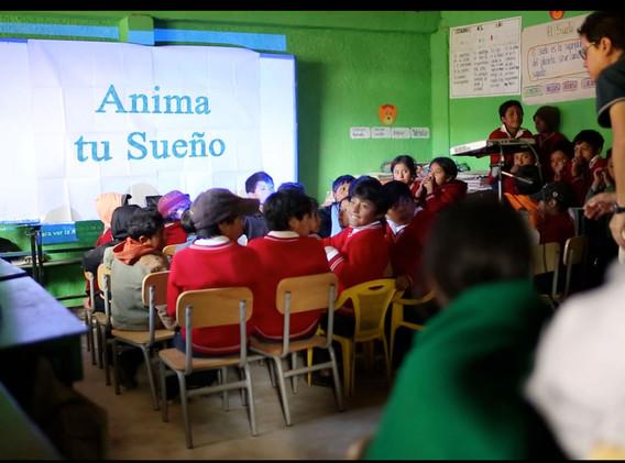Cine en el aula en Chimborazo