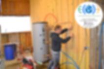 chauffe eau solaire thermosiphon à la ferme vagabonde des fendaillous avec françois de 2ECO
