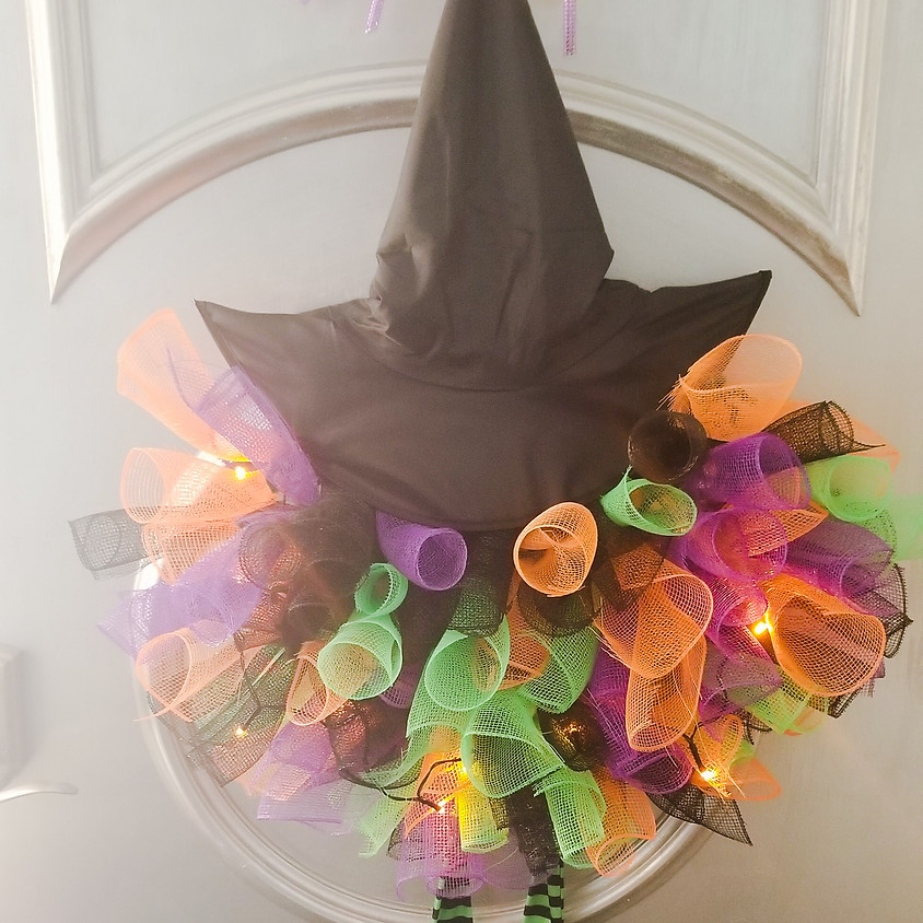 NEW - Lighted Halloween Wreath