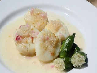 Finger Lime Beurre Blanc and Scallops