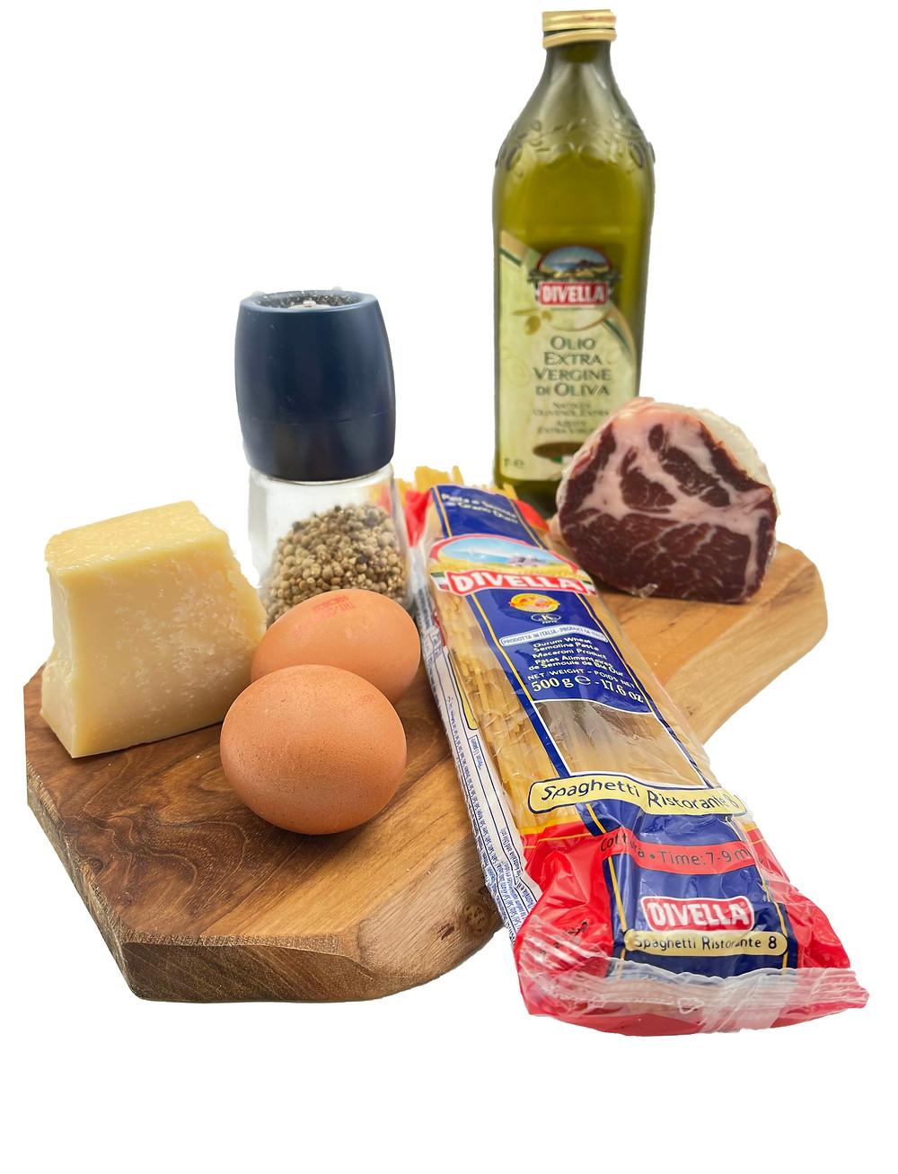 Spaghetti Divella, huile d'olive Divella, coppa Negrini, parmesan Soresina