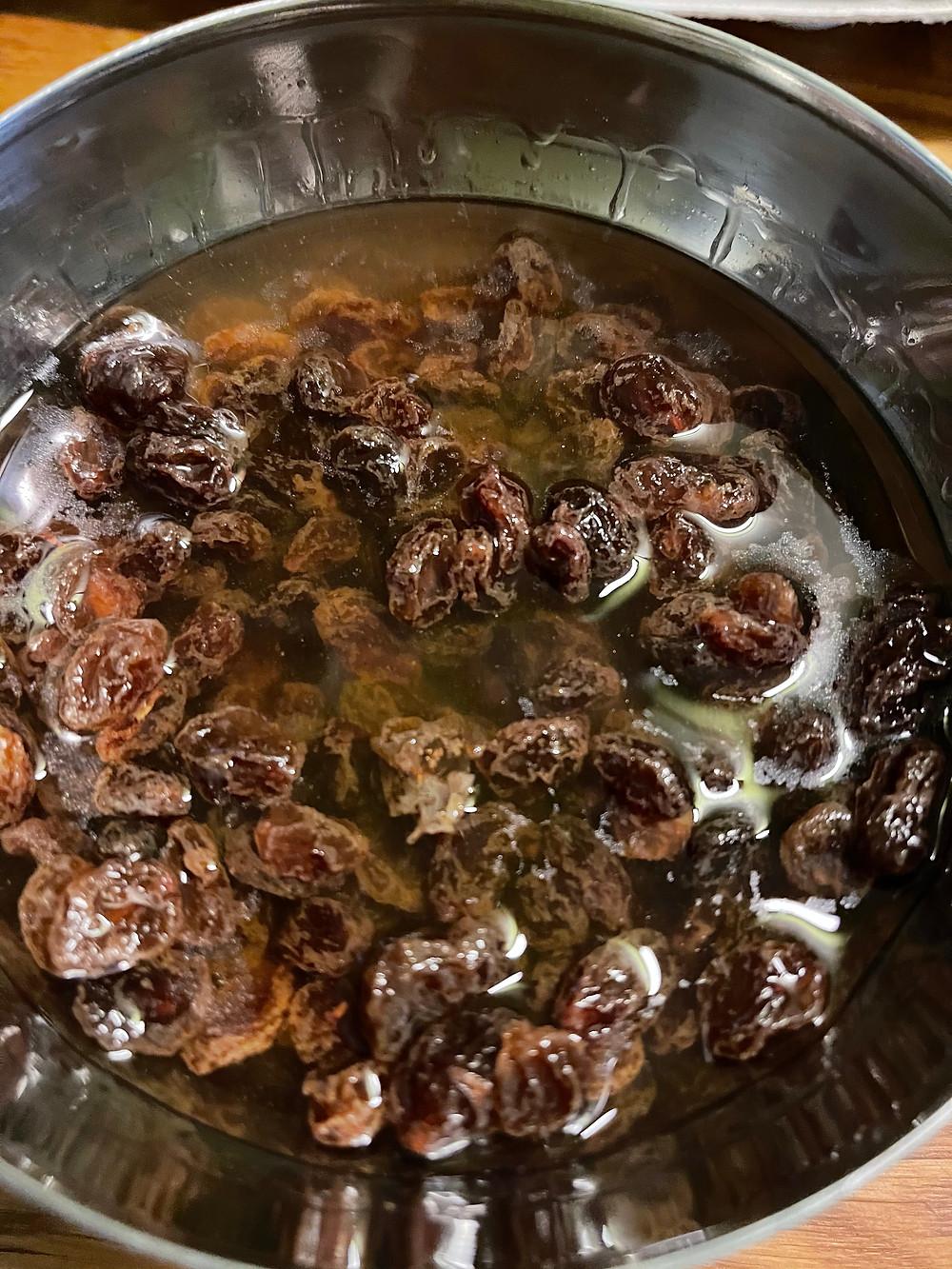 Raisins trempés dans le rhum