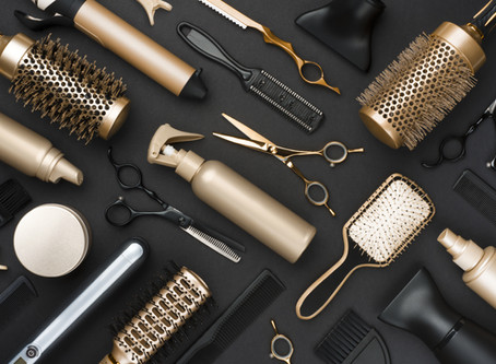 5 tools you need to create (almost) any hairstyle