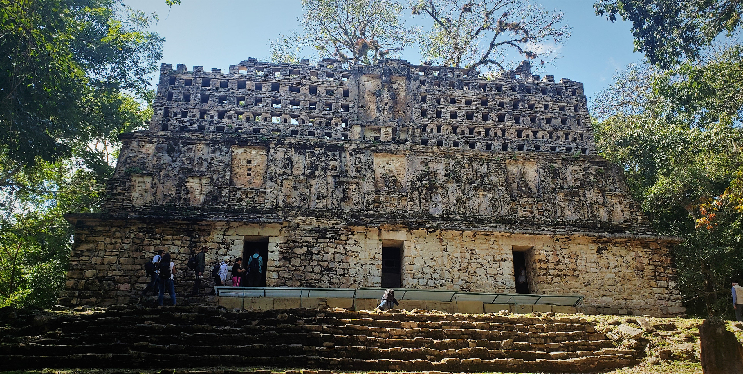 A temple at Yaxchilán - note the elaborate comb atop the structure