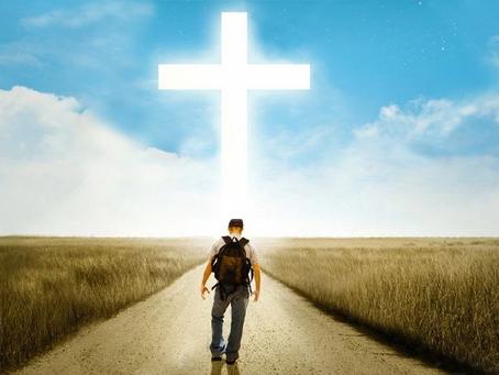 Caminemos con nuestra mirada en la Cruz