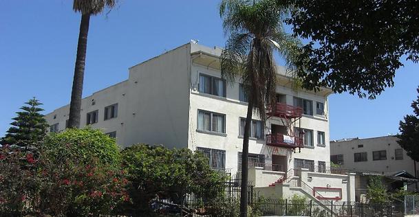 1435 Alvarado Terrace.png