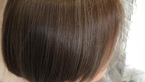 Newカラー!! 練馬駅近の美容室si-huiの木村です。 こちらのカラーは今年、当店一押しの エメラルドとグレージュを足したエメラージュというカラーです。髪の毛の赤みを抑えたカラーになります。