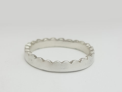 S009- Silver Ring