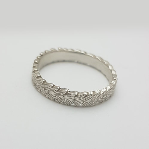S003- Silver Ring