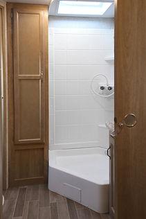 24+RLS+Bathroom+-8.jpg