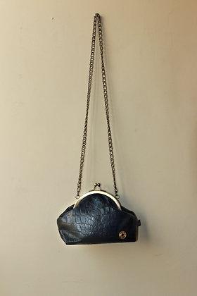 Oldlady Bag Leather | Brass Logo Button