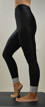 AthleticTights Black | Hem SilverColors | Freemotion Series