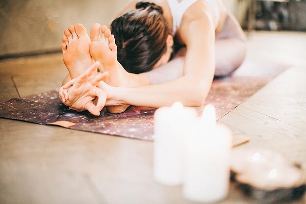 pirita-yoga-practise-woman.png