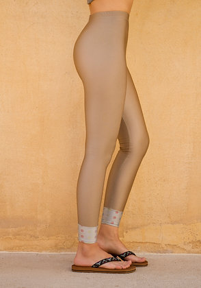 Tights Sand | Hem SilverColor | Freemotion Series