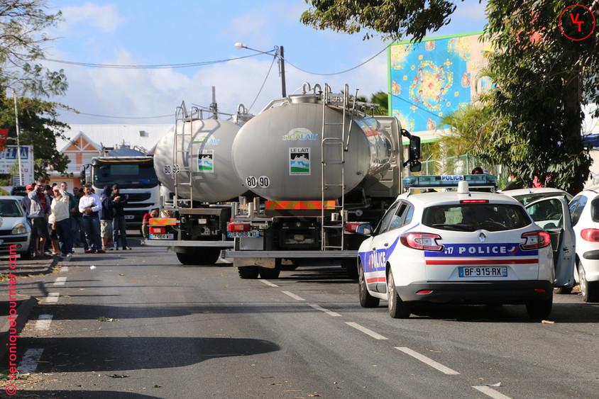 Manifestation des producteurs de lait, La Réunion, 2014