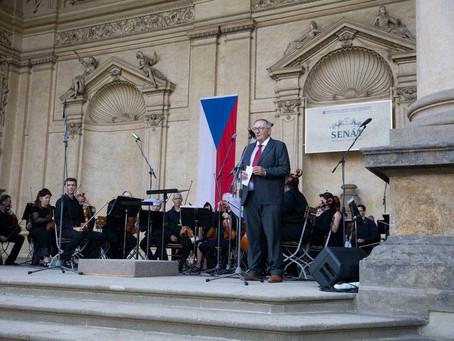 Hradecká filharmonie v Senátu