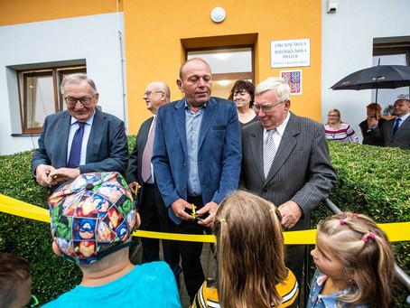 Otevření školy v Praseku