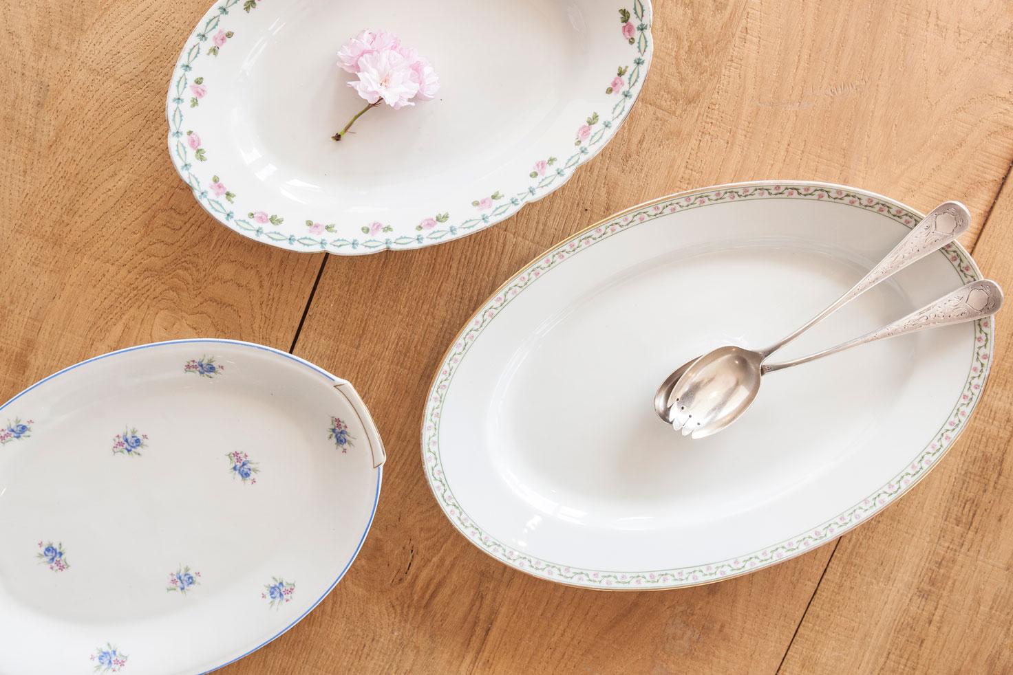 26068-plat-ovale-vintage-fleuri-copie