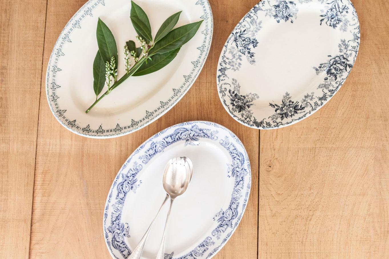 26062-plat-ovale-vintage-bleu-copie