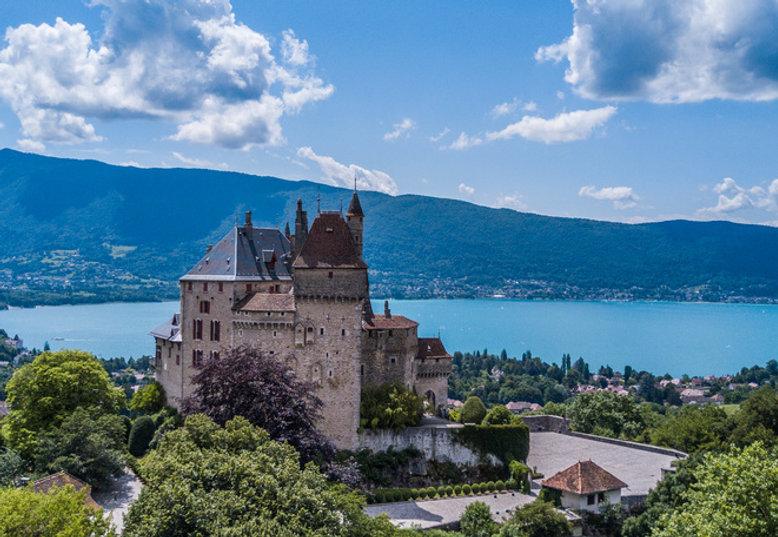 chateau annecy lac.jpg