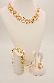 1_ maglia grande diamante eterna con due lisce interne dorata.jpg