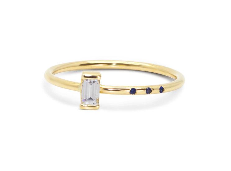 MINI CRADLE RING, DIAMOND SAPPHIRE DOTS