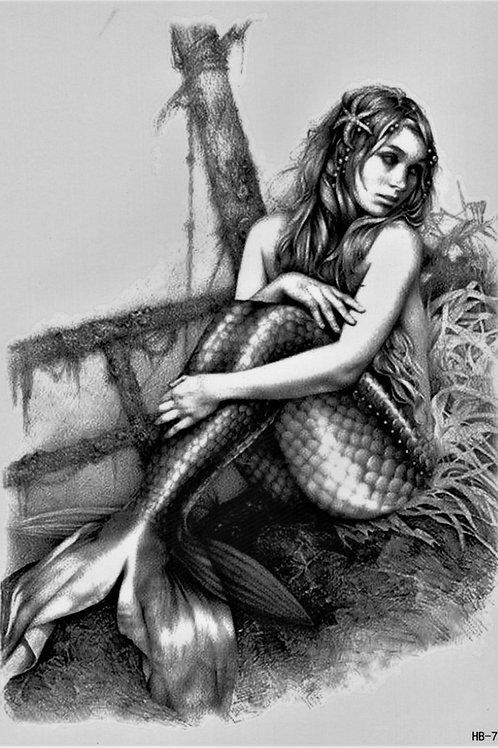 Meerjungfrau sitzend Nackt
