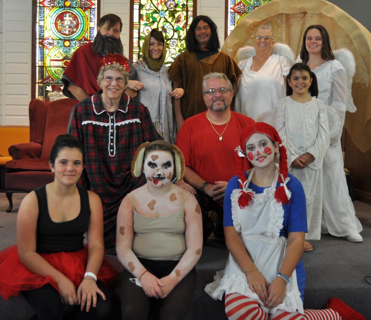 ucc CHRISTMAS cast 121816