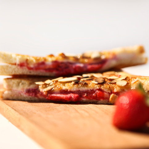 Aux fruits rouges et crême de fromage