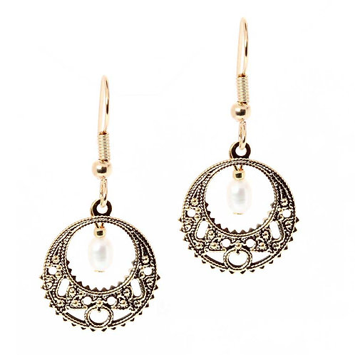 Lace Freshwater Pearls Earrings