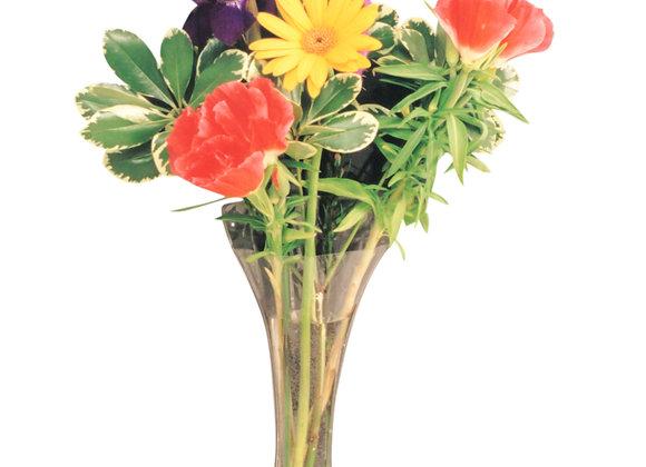 Gadjit Window Vase Trumpet (Holds a Bouquet)
