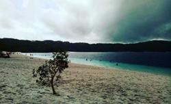 Lake Mackenzie, Australia