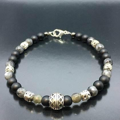 Men's Beaded Bracelet with  Labradorite, Onyx  and Silver Thai Beads