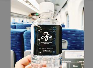 ビジネスホテルの「無料の水」と、商売繁盛と。