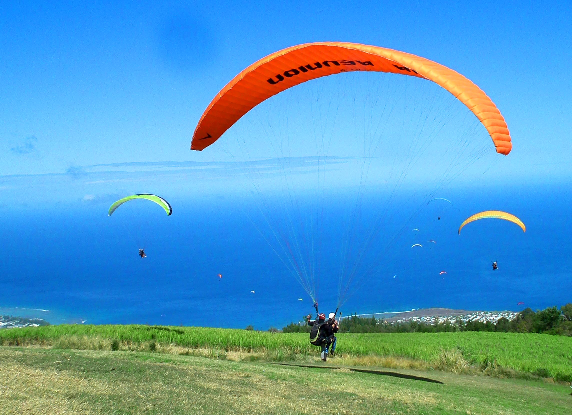 decollage-parapente-aiteam