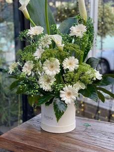 White box flower arrgment.jpeg