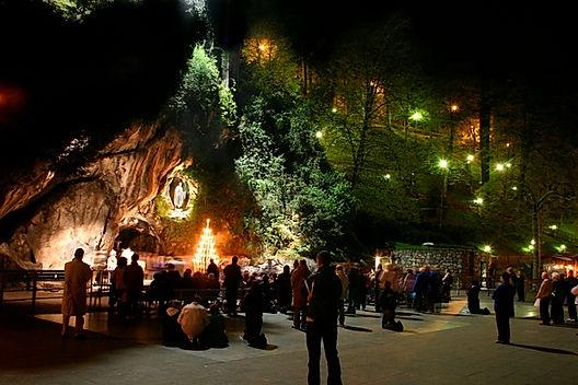 Grotte-nuit-2.jpg