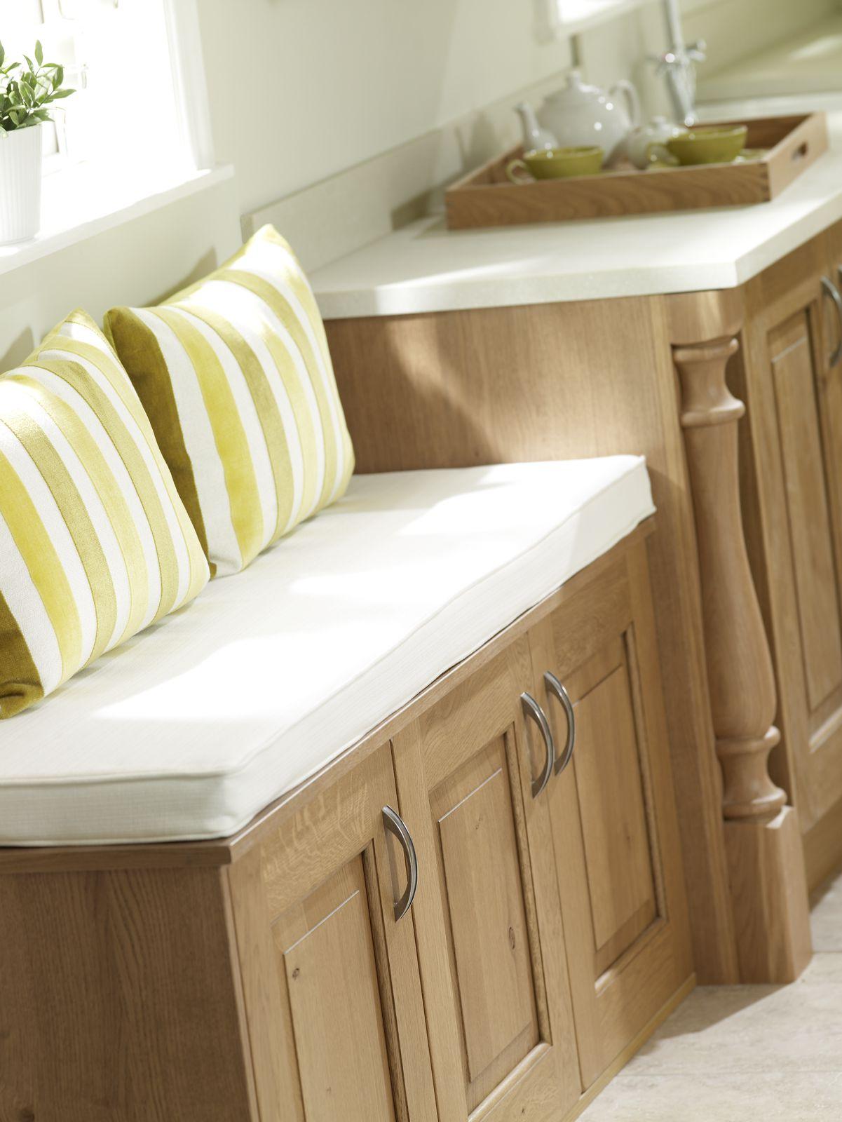 Stamford window seat detail-1600x1600