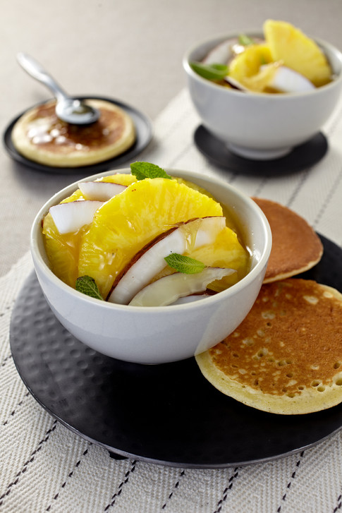 Pinapple and coconut salad with ginger caramel & pancackes 68970.jpg