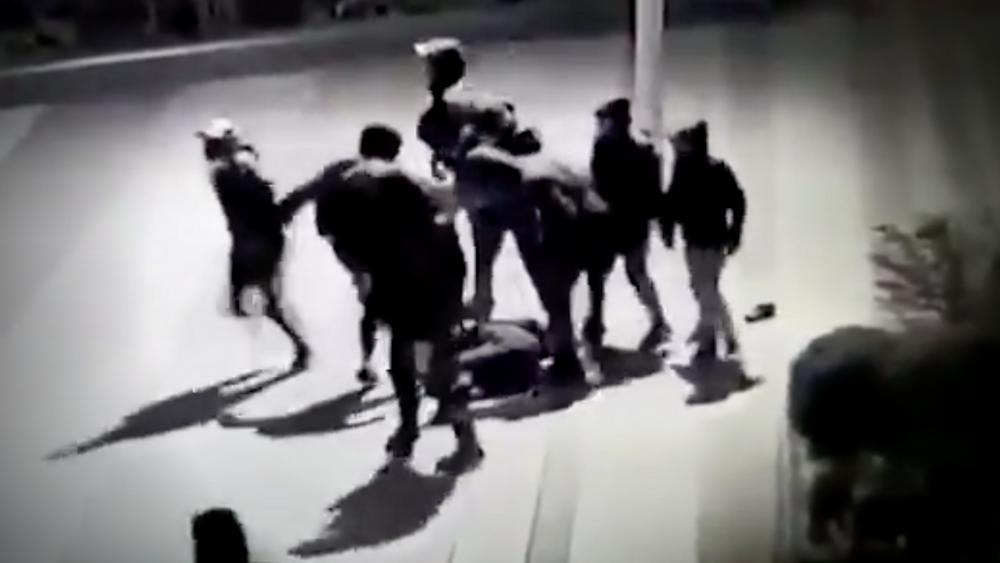 """Le tabassage de Yuriy en janvier dans le quartier """"Beaugrenelle"""" (15e arrondissement de Paris)"""