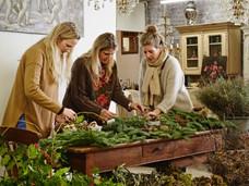 Winter Wreath Making in Midhurst